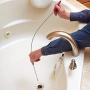 устранение засора в ванной недорого